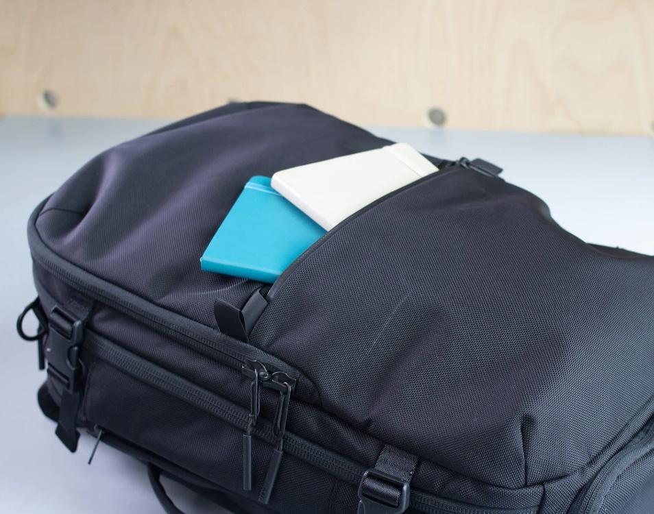 Bolsillo Delantero Aer Travel Pack 2