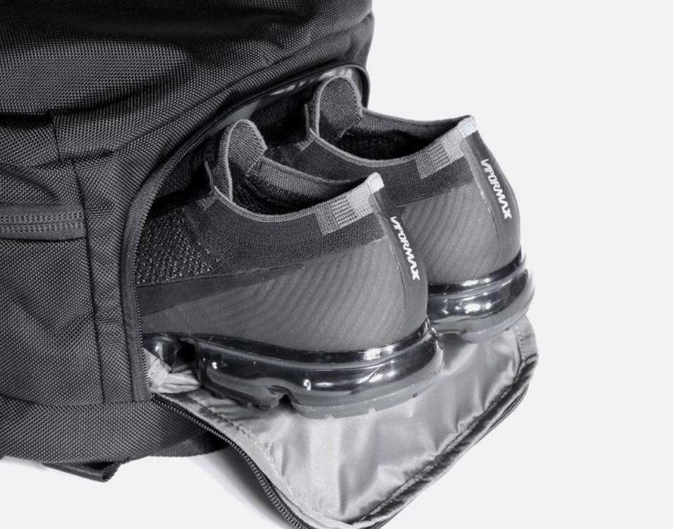 Compartimento Calzado Aer Travel Pack 2