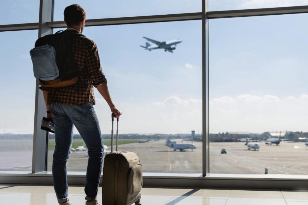 Equipaje Con Ruedas Aeropuerto