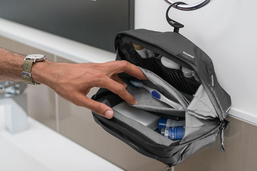 Lista de Cosas para Viajar Neceser Peak Design Wash Pouch