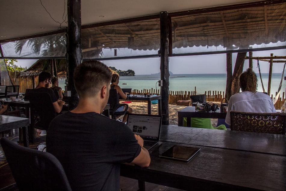 BEACHUB   Espacio Coworking en Koh Phangan, Tailandia