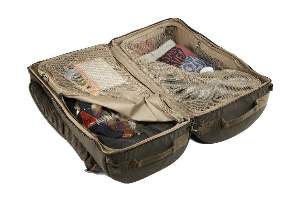 bolsa de viaje fjallraven splitpack abierta