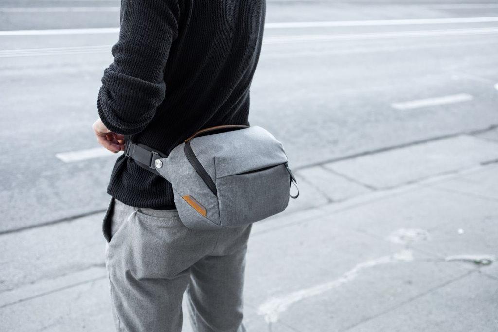 bolsa para camara peak design everyday sling 5l gris