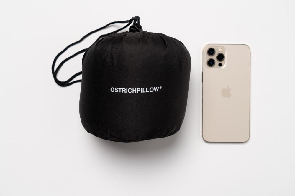 tamaño bolsa de transporte ostrichpillow go