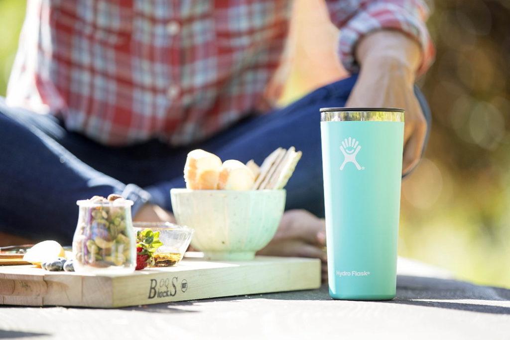 vaso termico hydro flask tumbler 22 oz viajes