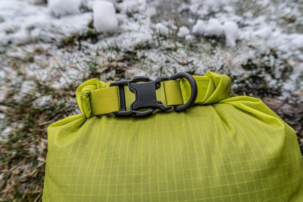 bolsa impermeable osprey ultralight dry sack 6L cierre
