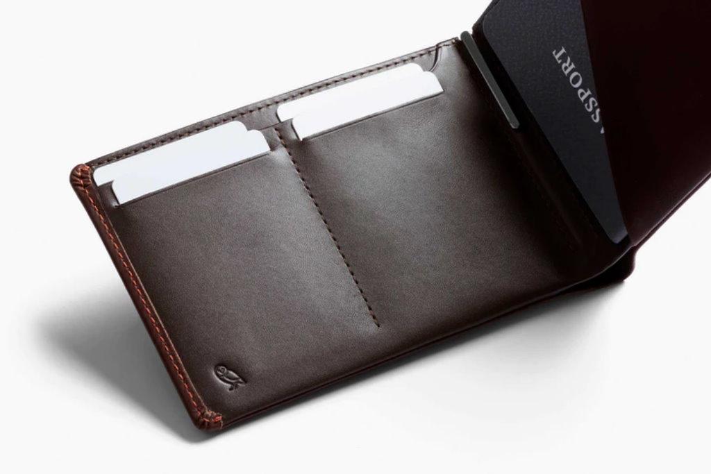 cartera de viaje bellroy travel wallet interior