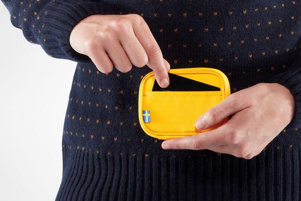 cartera fjallraven kanken card wallet reseña