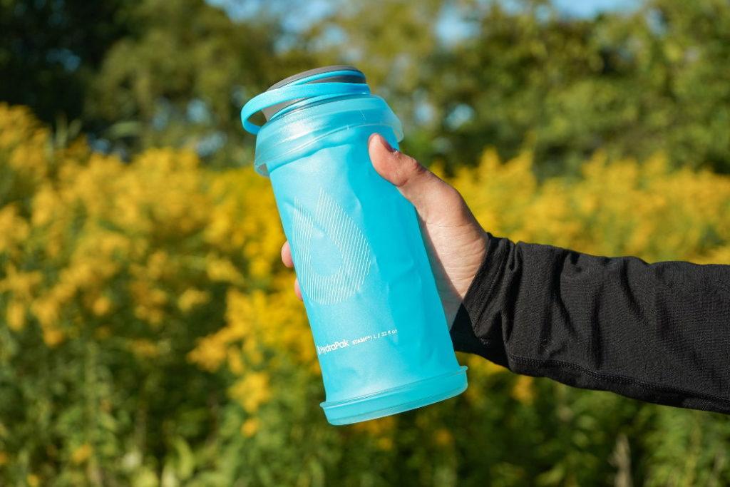 botella de agua plegable hydrapak stash 1l exterior