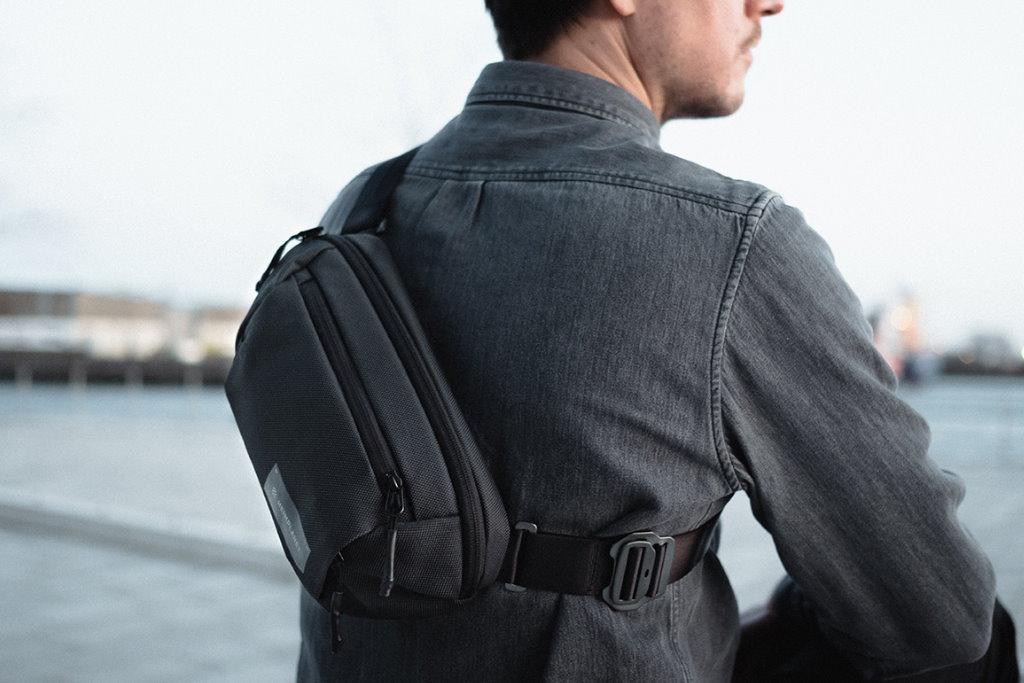 riñonera heimplanet transit line sling pocket XL espalda