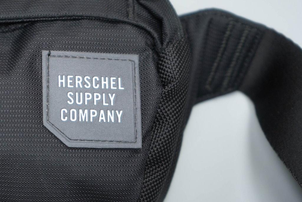 riñonera herschel supply co tour hip pack materiales