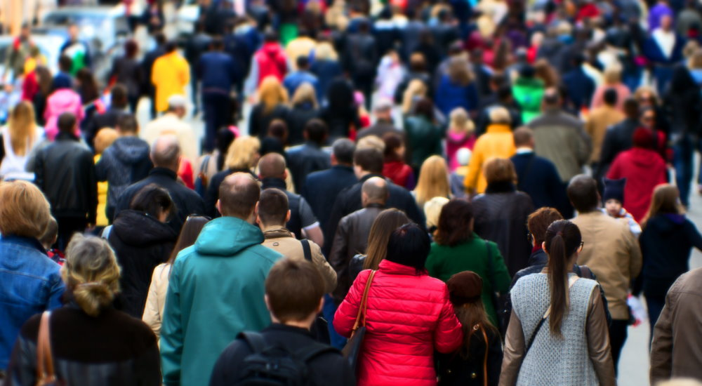 Consejos para Evitar las Multitudes al Viajar